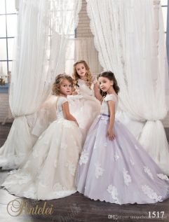 Cute bridesmaid dresses for little girls ideas 79